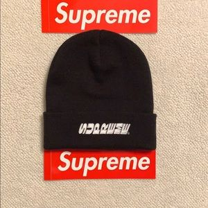Supreme Accessories - NWT Supreme Breed Beanie